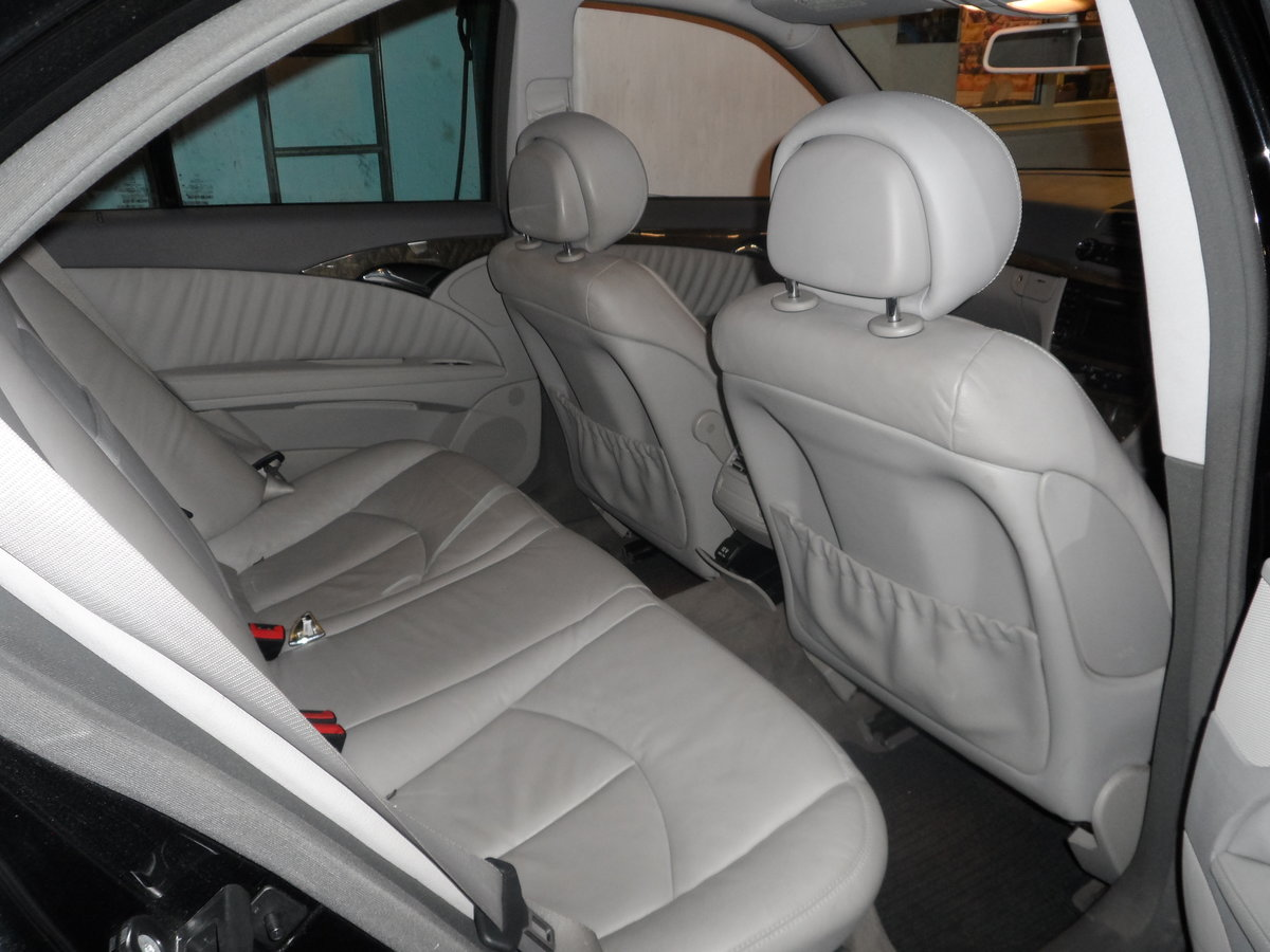 2008 58 PLATE MERCEDS BENZ E220 DIESEL AUTO BLACK WITH LEATHER For Sale (picture 3 of 6)