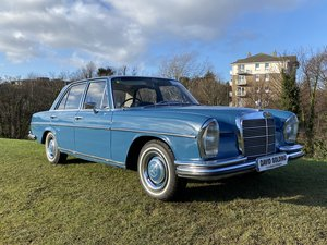 1967 Mercedes 250SE automatic Power Steering