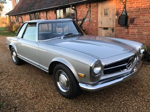 1968 Mercedes-Benz 250 SL Pagoda Roadster For Sale