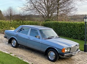 1985 Mercedes 230E W123 Auto 23.000 Miles
