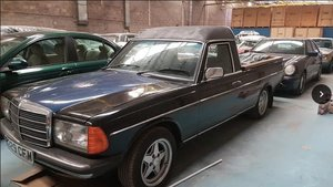 Mercedes W123 pickup project