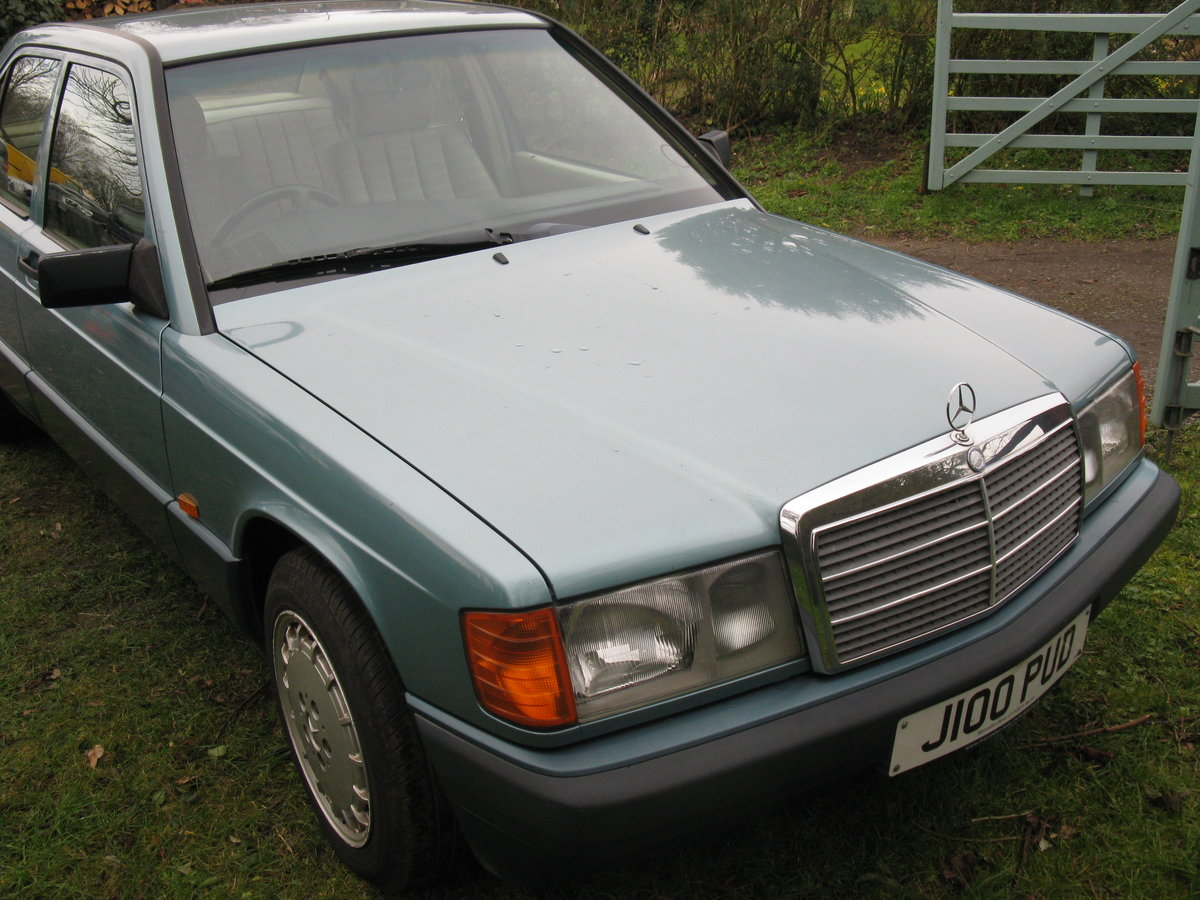 1991 Mercedes 190e auto For Sale (picture 3 of 6)