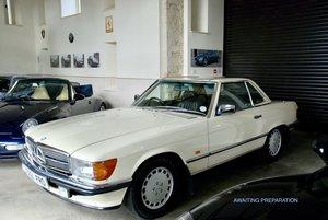 1987 Mercedes SL 500 V5