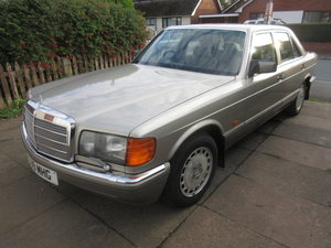 Picture of 1990 300SE W126