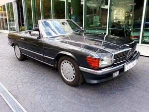 Mercedes-Benz 300SL R107 1987