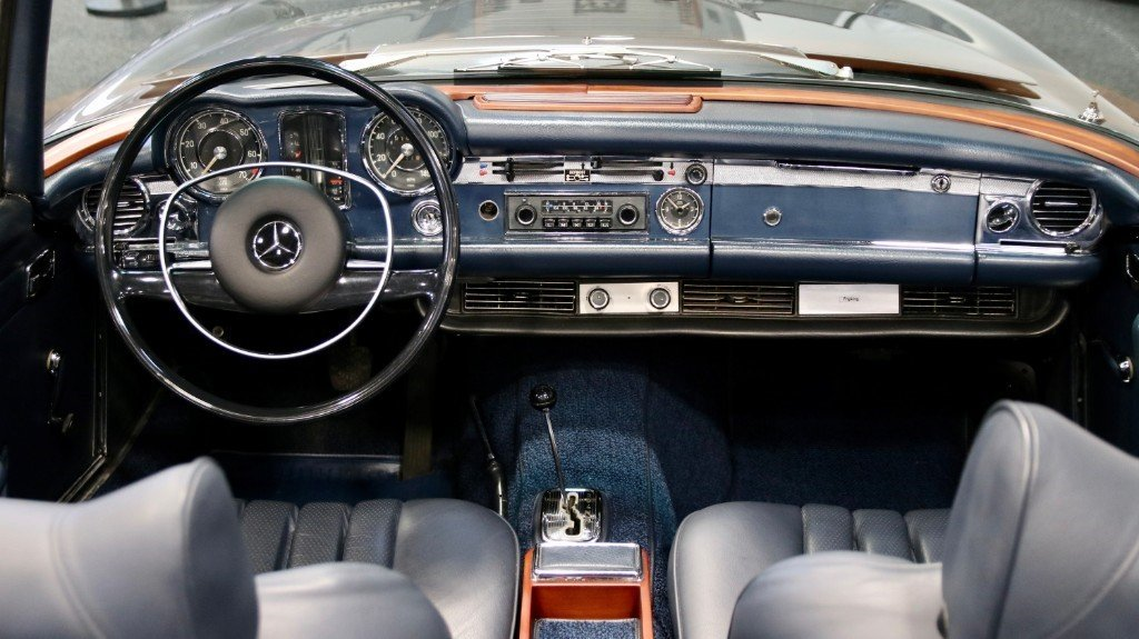 1970 Mercedes 280SL PAGODA (W113) LHD LOW MILEAGE For Sale (picture 4 of 6)