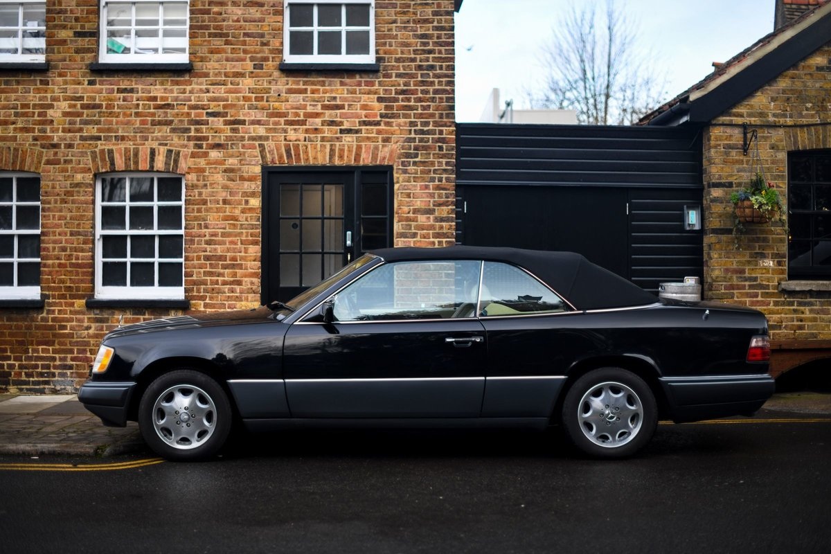 1995 MERCEDES-BENZ E320 CABRIOLET For Sale (picture 3 of 6)