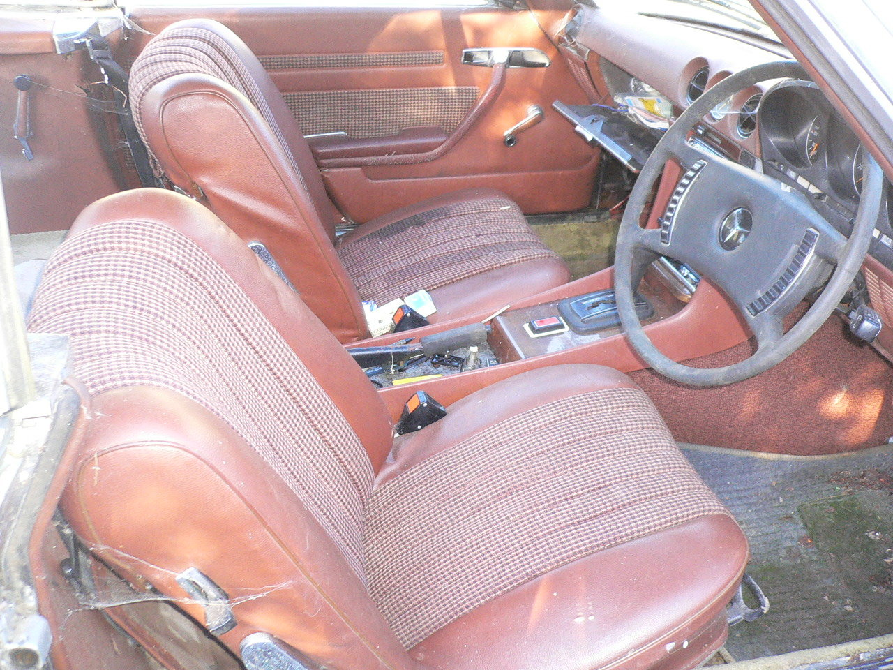1973 mercedes sl 350 spares or repair  For Sale (picture 3 of 5)