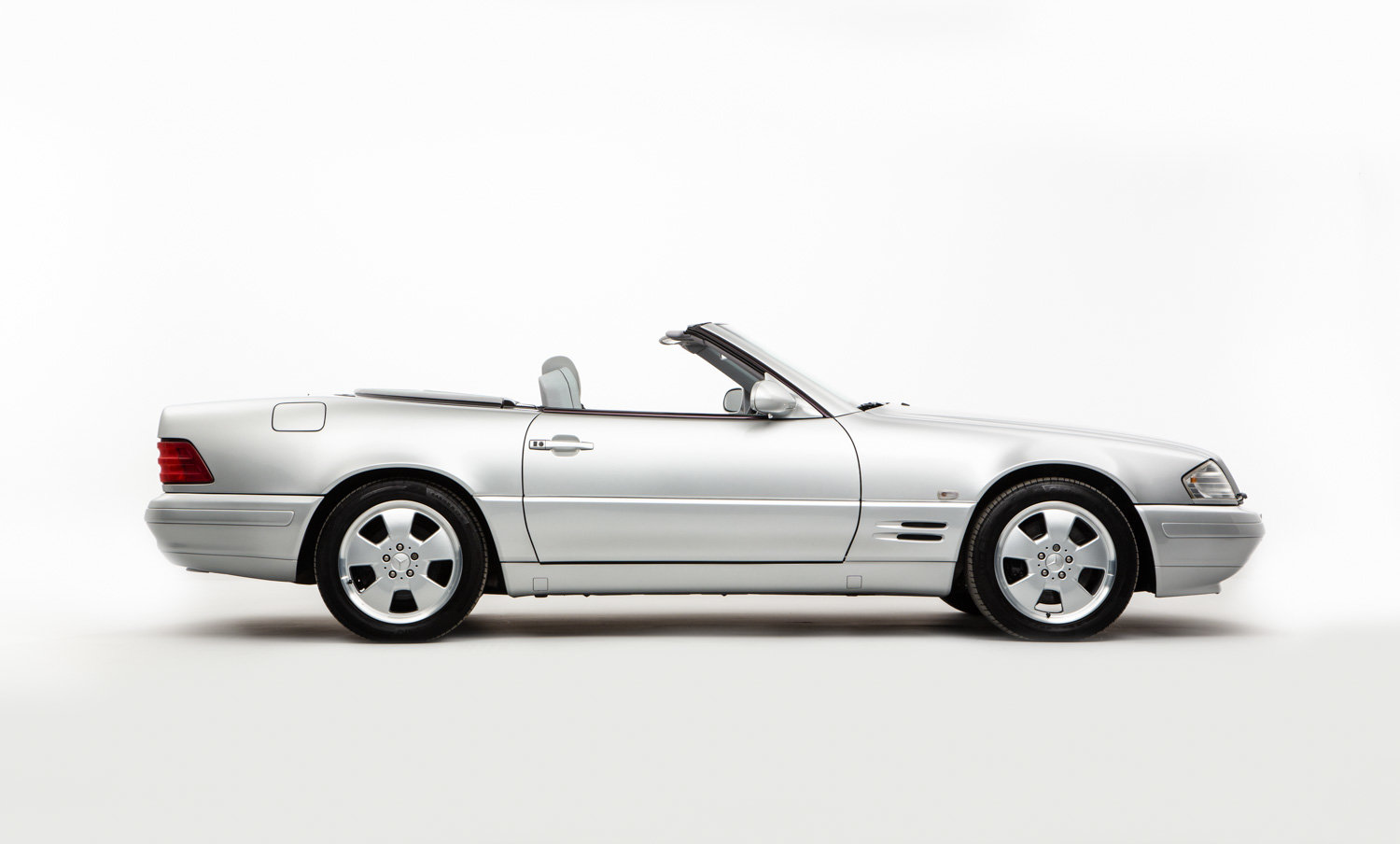 1999 MERCEDES SL320  For Sale (picture 1 of 22)