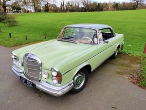 1965 Mercedes 300se 5 speed manual
