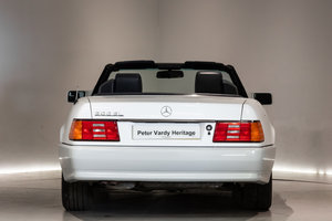 1992 Fantastic Condition Mercedes SL 300 For Sale (picture 6 of 6)