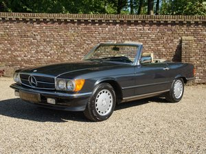 1986 Mercedes Benz 300SL W107 only 64.357 miles, climate control,