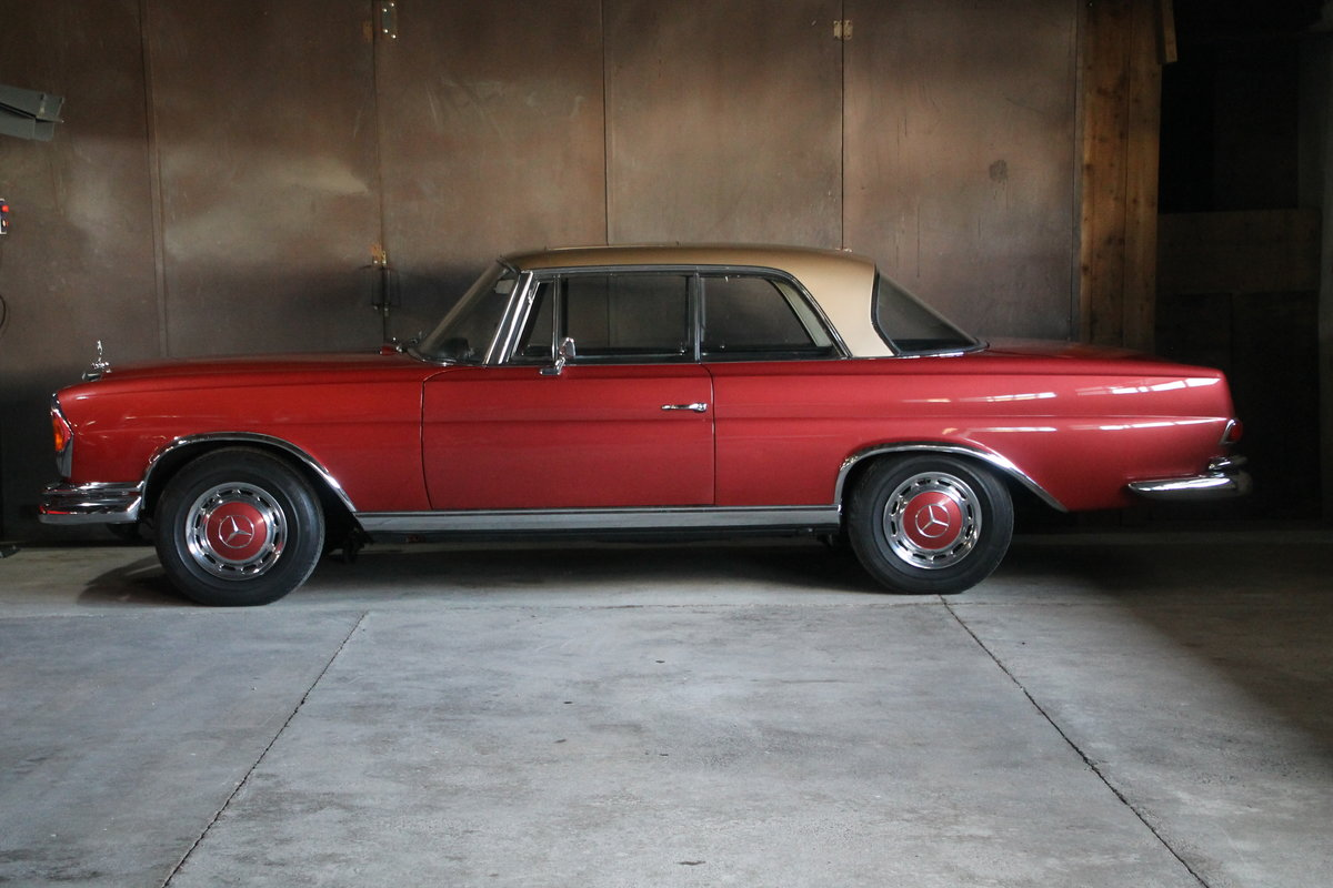 1969 Mercedes Benz 280 SE Coupe W111 / 1 owner from new  For Sale (picture 3 of 6)