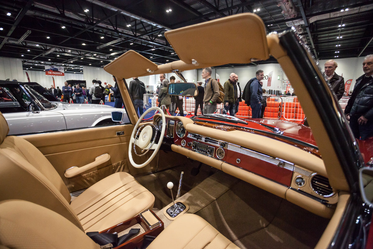 1968 Mercedes-Benz 280 SL Pagoda in Autumn Fire by Hemmels For Sale (picture 5 of 6)