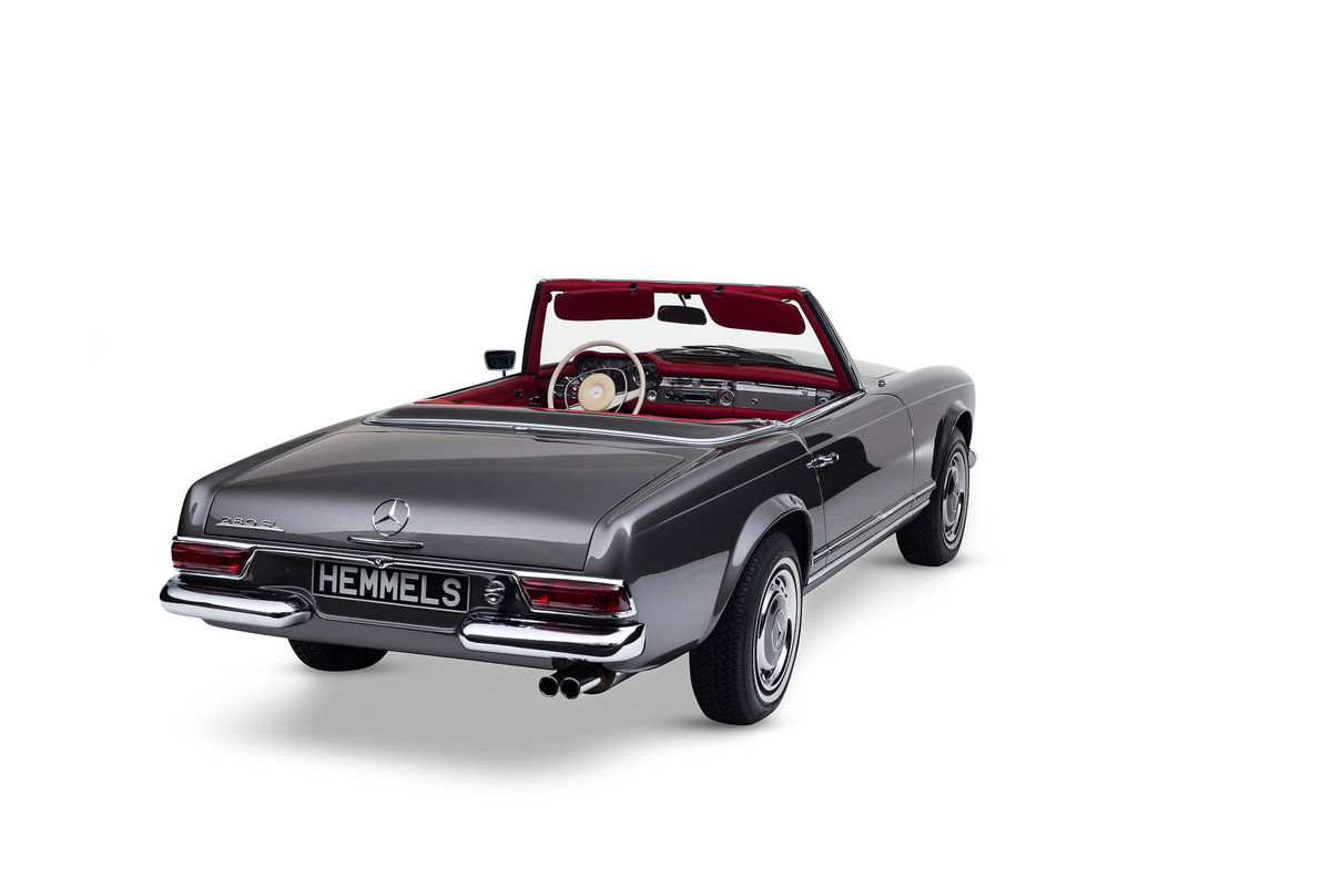 1968 Mercedes-Benz 280 SL Roadster in Anthracite Grey by Hemmels For Sale (picture 6 of 6)