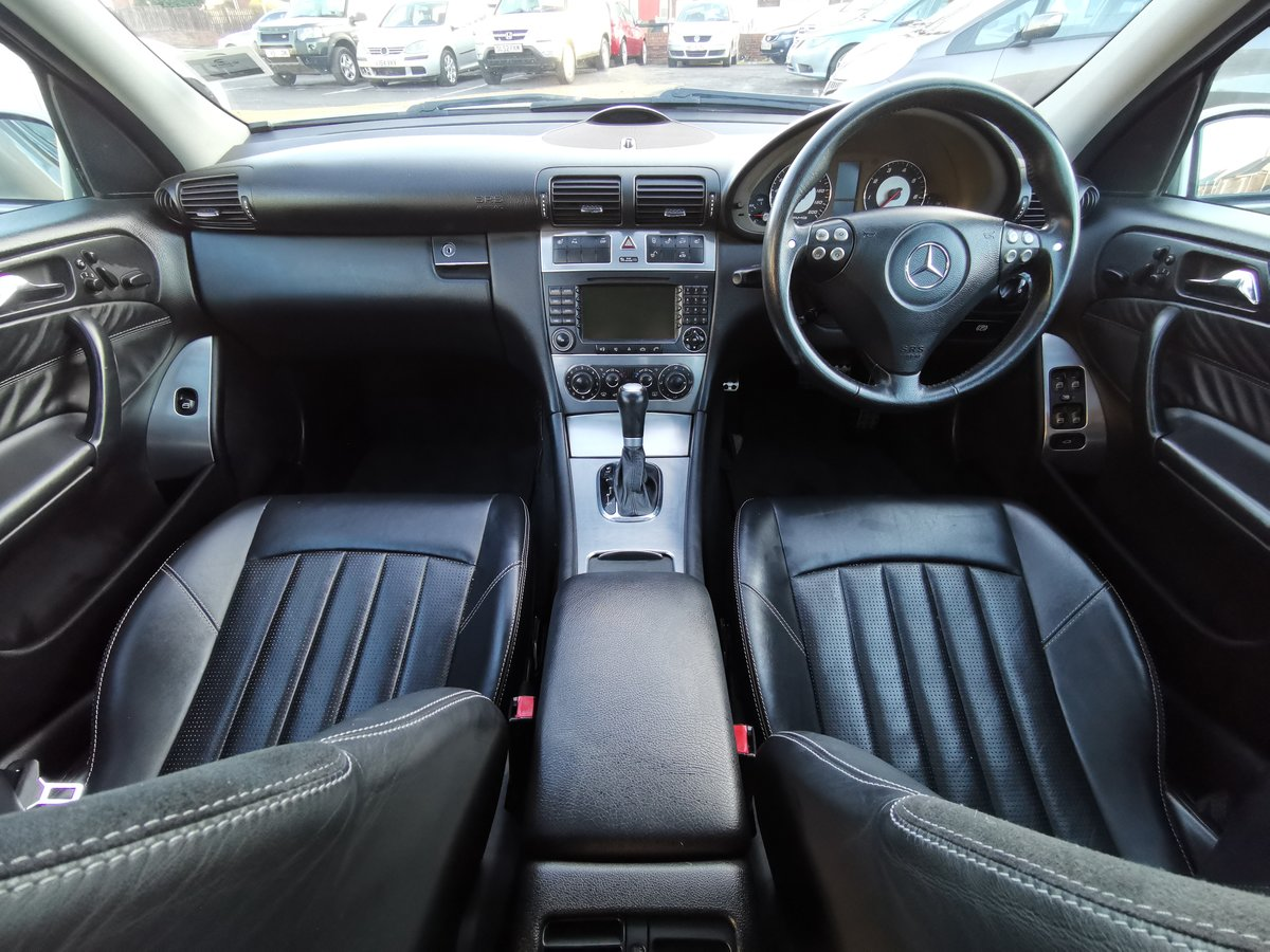 2004 Brilliant investment mercedes c55 amg For Sale (picture 5 of 6)
