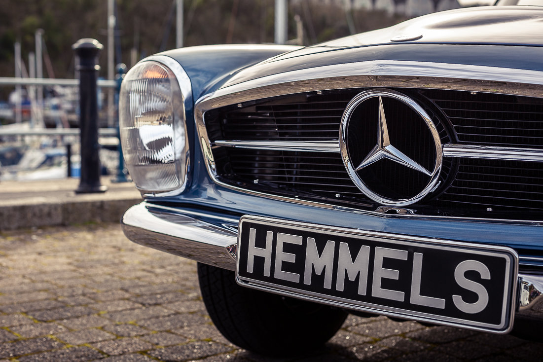 1970 Mercedes-Benz 280 SL Roadster in Blue Metallic by Hemmels For Sale (picture 2 of 6)