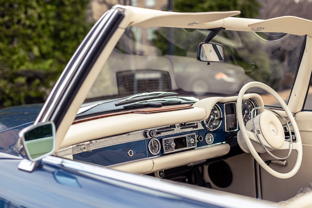 1970 Mercedes-Benz 280 SL Roadster in Blue Metallic by Hemmels For Sale (picture 3 of 6)