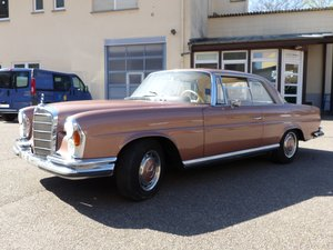 Picture of 1964 Mercedes-Benz 220 SEb W111 Coupé, orig. 38,000 km, sunroof SOLD