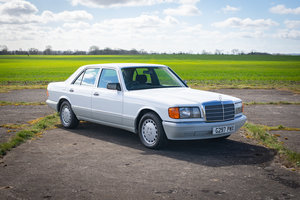1990 Mercedes W126 300SE - 36k Miles FSH, High Spec & Superb