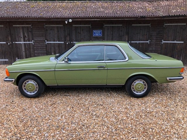 1980 Mercedes 280 CE ( 123-series ) For Sale (picture 2 of 6)