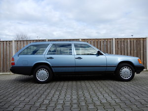 1986 Mercedes 300TE Aut Collection quality For Sale