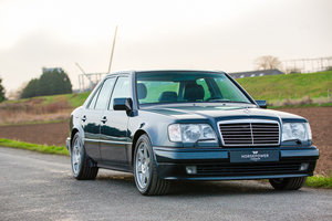Mercedes-Benz E500 Limited - Incredible History - German Car