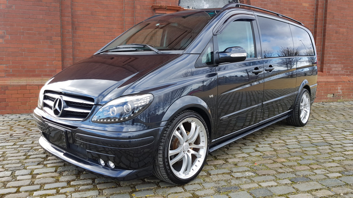 2004 MERCEDES-BENZ VIANO 3.2 LONG WHEEL BASE LWB AMBIENTE BRABUS  For Sale (picture 1 of 5)