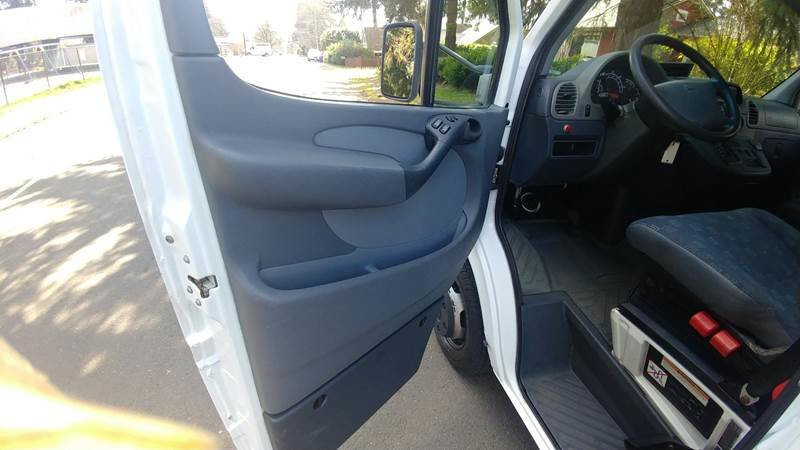 2004 Dodge Sprinter Cab Chassis 3500 only 12k miles $17.9k For Sale (picture 4 of 6)