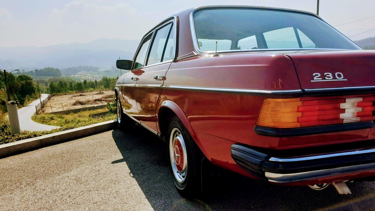 Mercedes W123 230 Limousine - 1977 For Sale (picture 6 of 6)