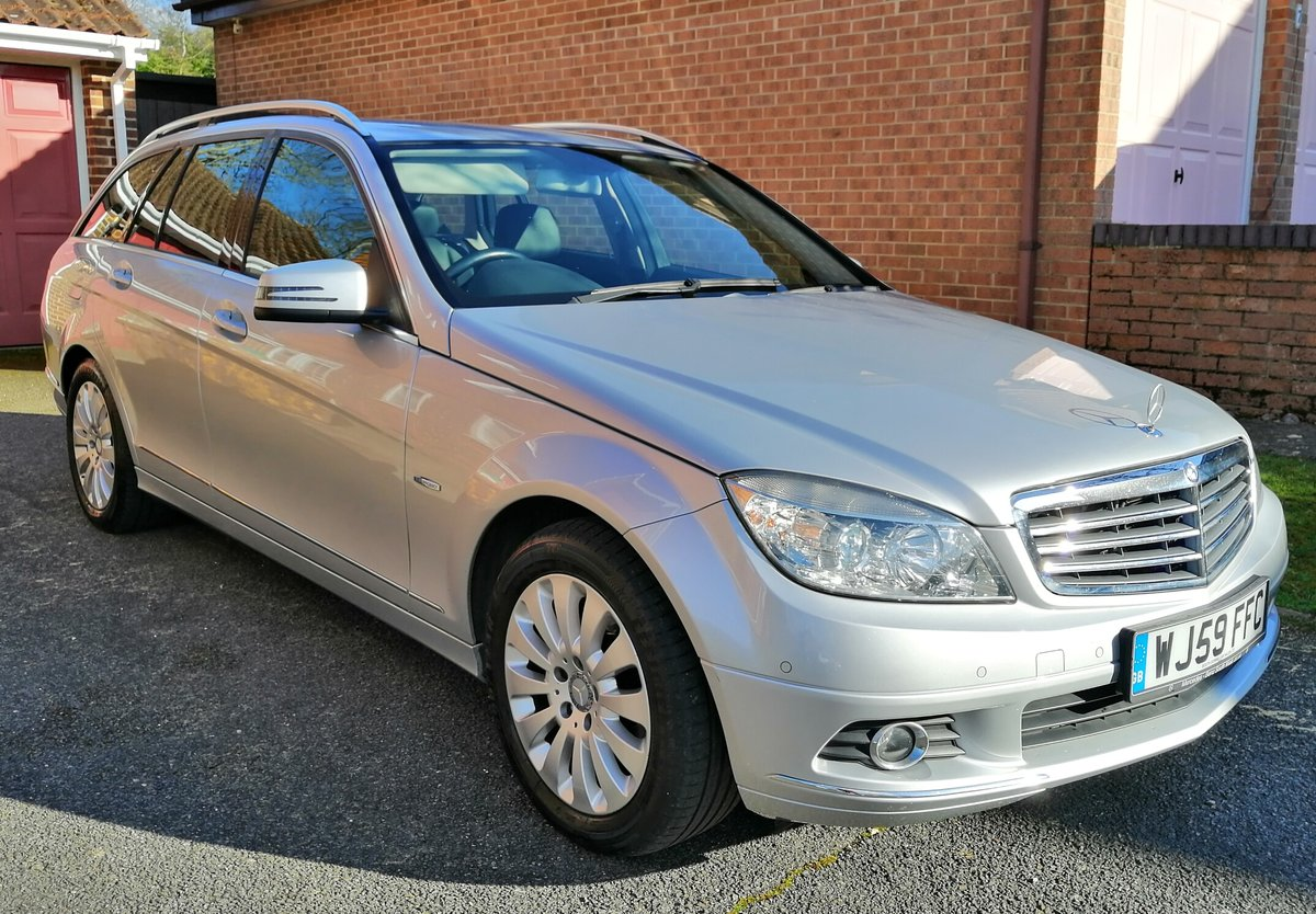 2009 Mercedes-Benz C180 Elegance For Sale (picture 1 of 3)