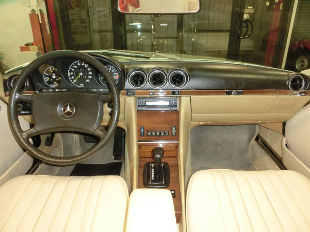 MERCEDES BENZ 280 SL ROADSTER R107 - 1982 For Sale (picture 3 of 6)