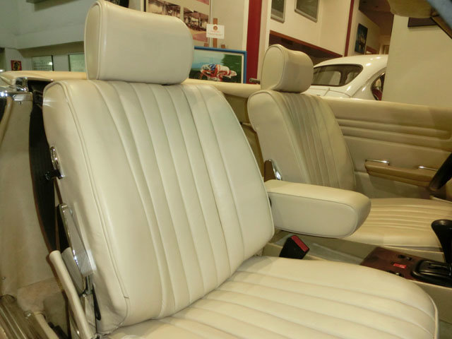 MERCEDES BENZ 280 SL ROADSTER R107 - 1982 For Sale (picture 4 of 6)