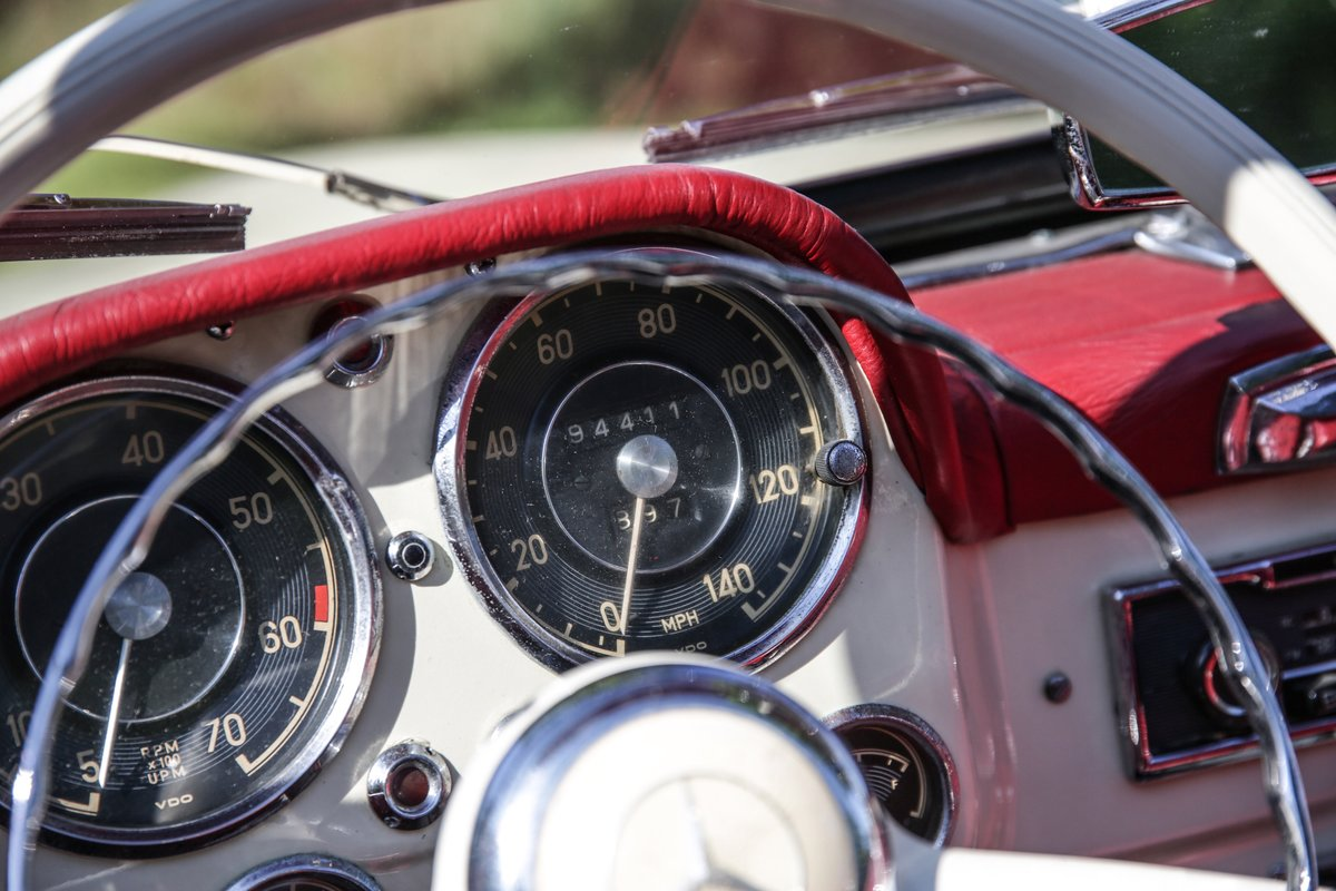 1956 Mercedes 190 SL Roadster For Sale (picture 9 of 17)
