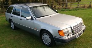 Picture of 1989 Mercedes Benz 300 TE  SOLD