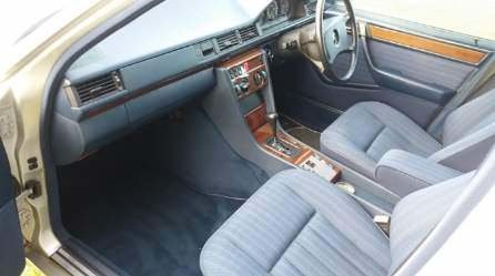 1989 Mercedes Benz 300 TE  SOLD (picture 3 of 4)
