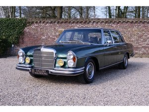 1972 Mercedes Benz 300SEL 3.5 original colour scheme, low mileage