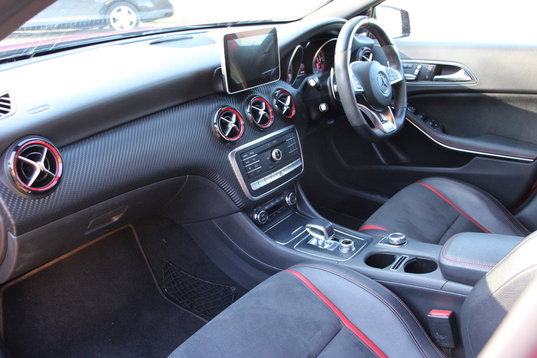 2016 MERCEDES A45 AMG PREMIUM 4WD - 25,000 MILES - £26,950 For Sale (picture 11 of 19)