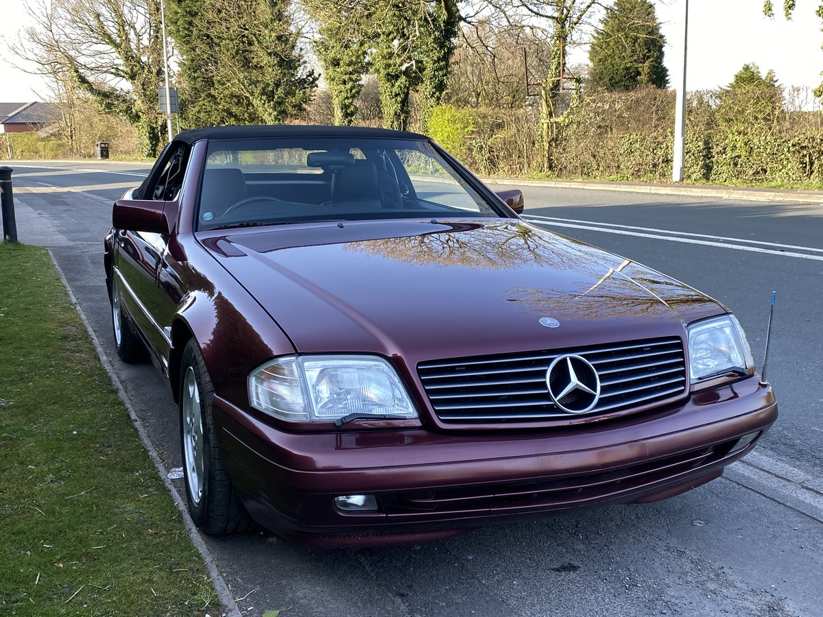 1996 Mercedes 500 SL 3900 miles only from new For Sale (picture 4 of 6)