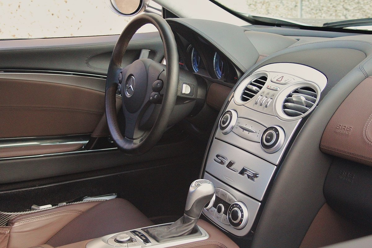 2006 Mercedes McLaren SLR For Sale (picture 4 of 6)