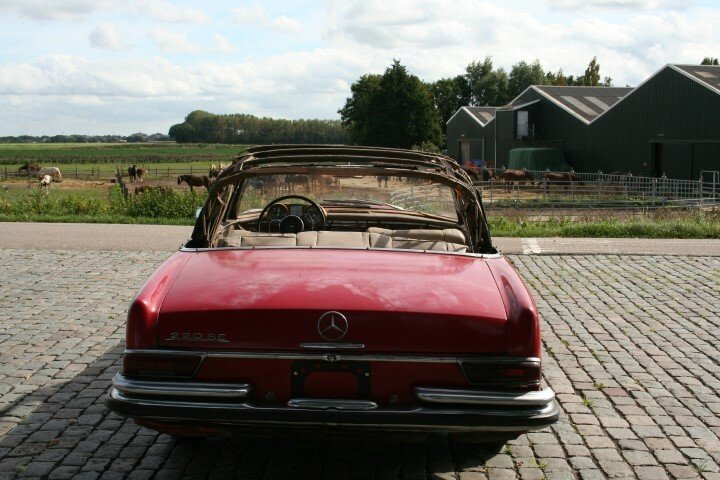 1962 Mercedes 220SE Convertible W111 For Sale (picture 3 of 6)