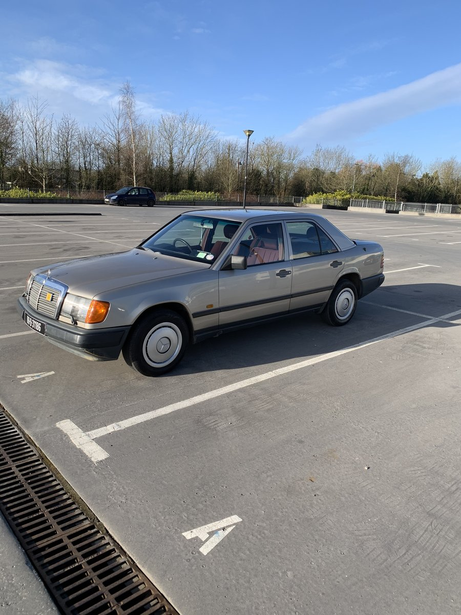 1989 Mercedes For Sale W124 230e For Sale (picture 6 of 6)