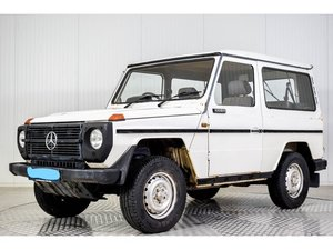 Mercedes-Benz G-Wagon 300 GD