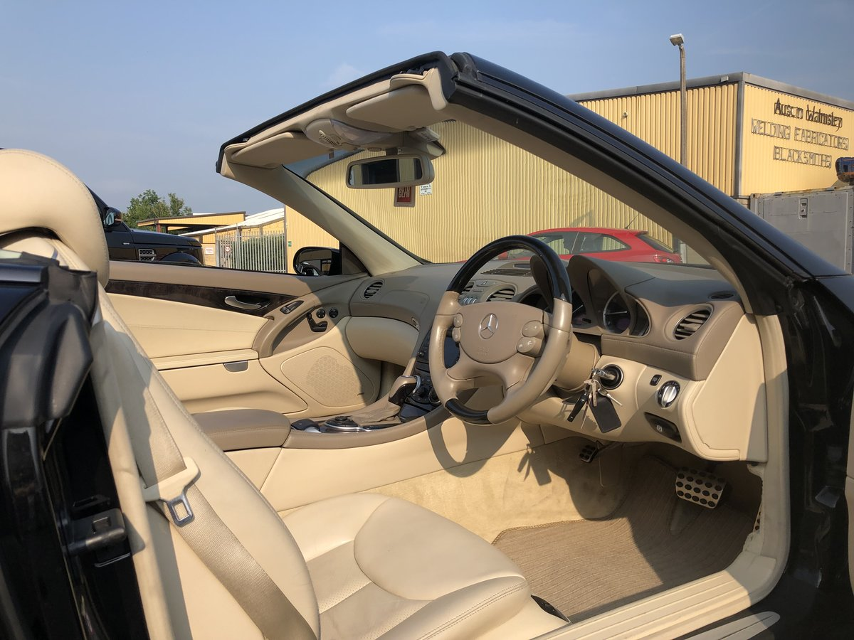 2004 Mercedes SL 350 2dr Convertible 3.7 V6 ONLY 64800 MILES For Sale (picture 3 of 6)