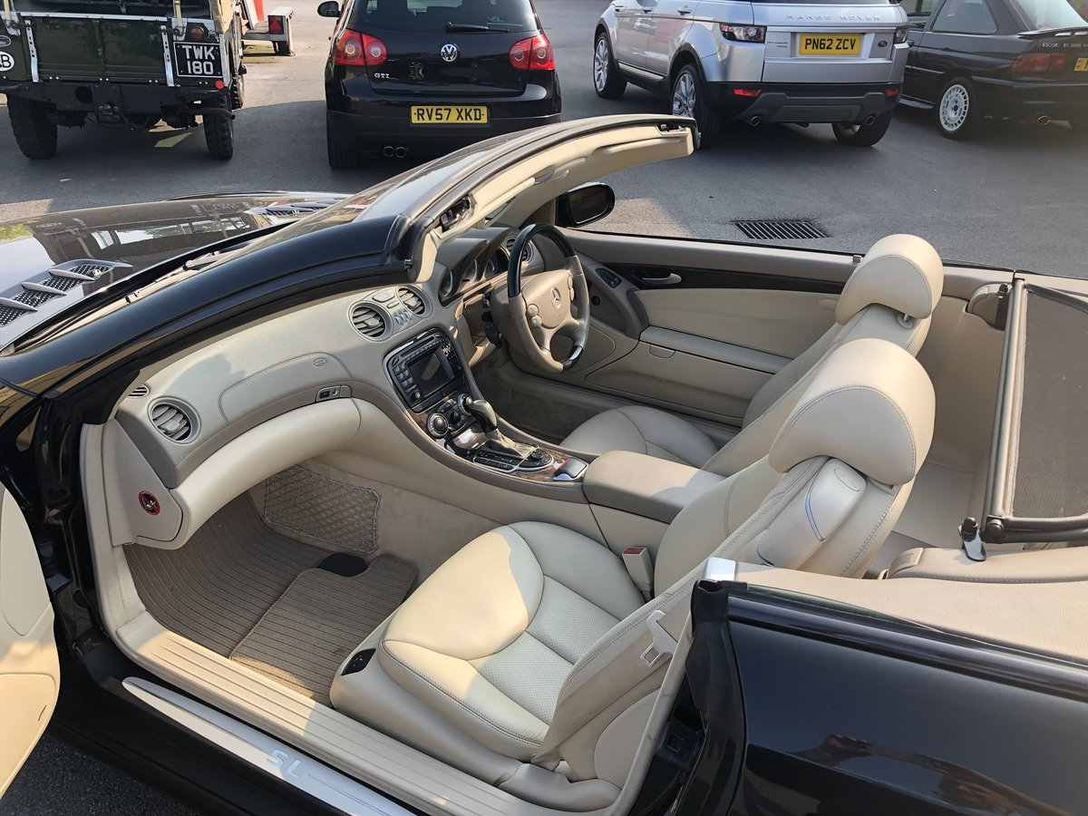 2004 Mercedes SL 350 2dr Convertible 3.7 V6 ONLY 64800 MILES For Sale (picture 4 of 6)