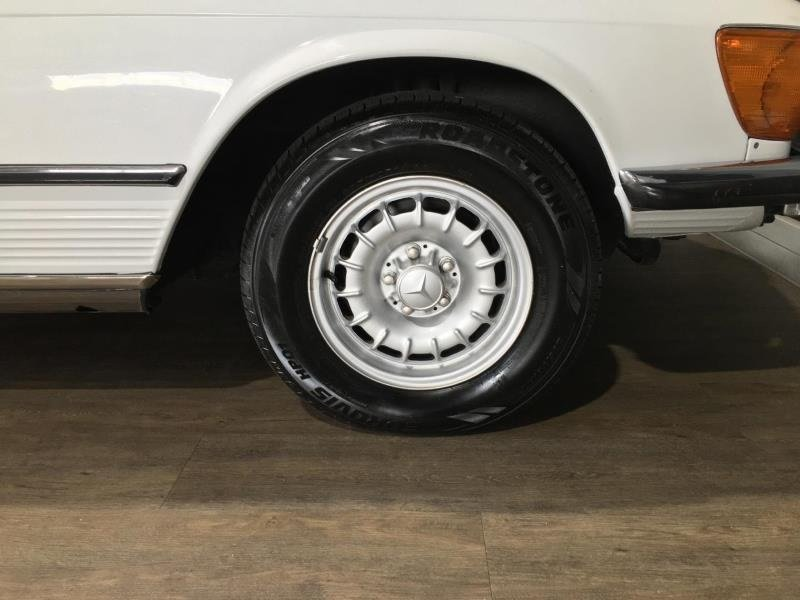 1972 Mercedes 350SL (R107) Roadster- Auto H&S RHD For Sale (picture 4 of 6)