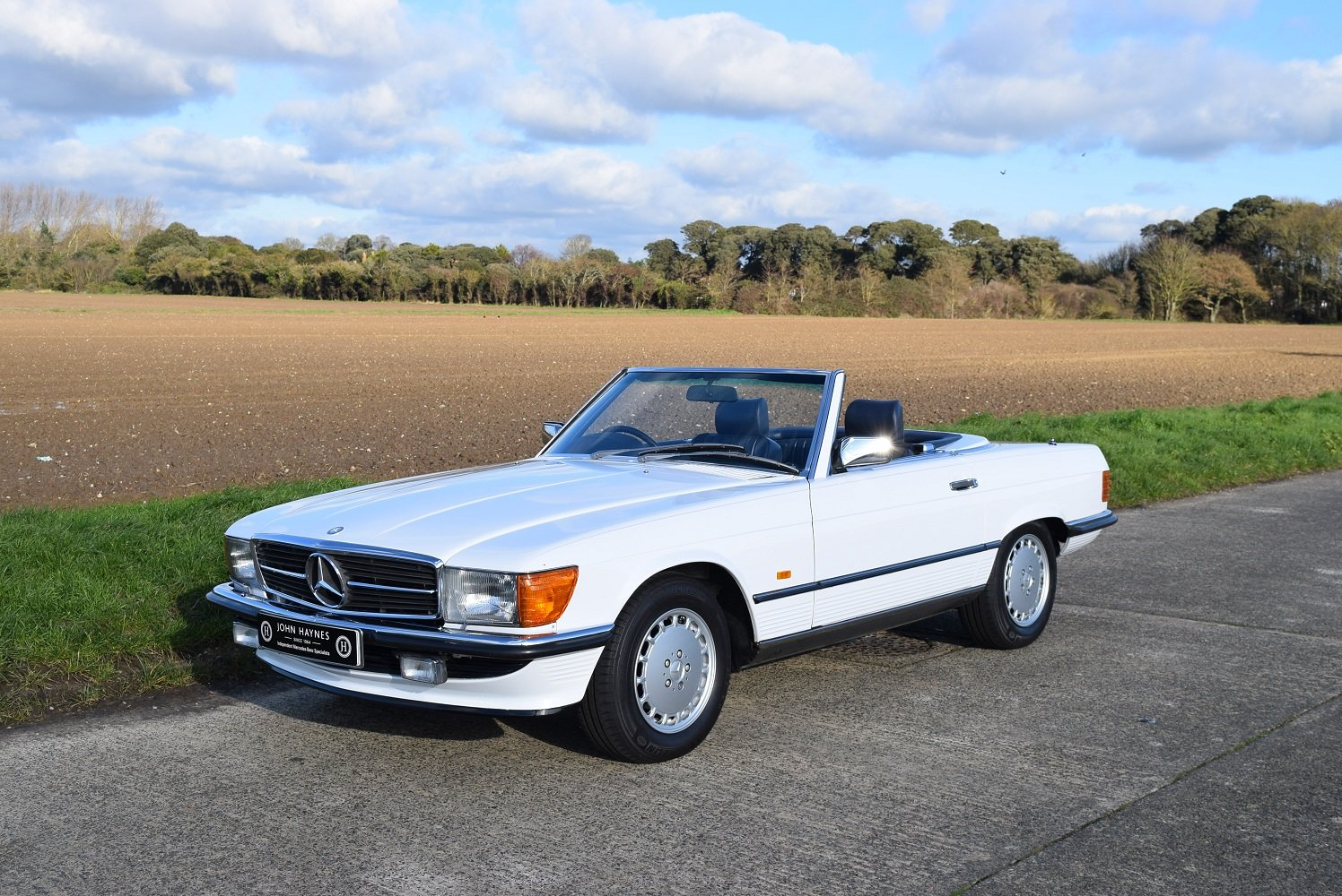 1987 Mercedes Benz 420SL For Sale (picture 1 of 6)