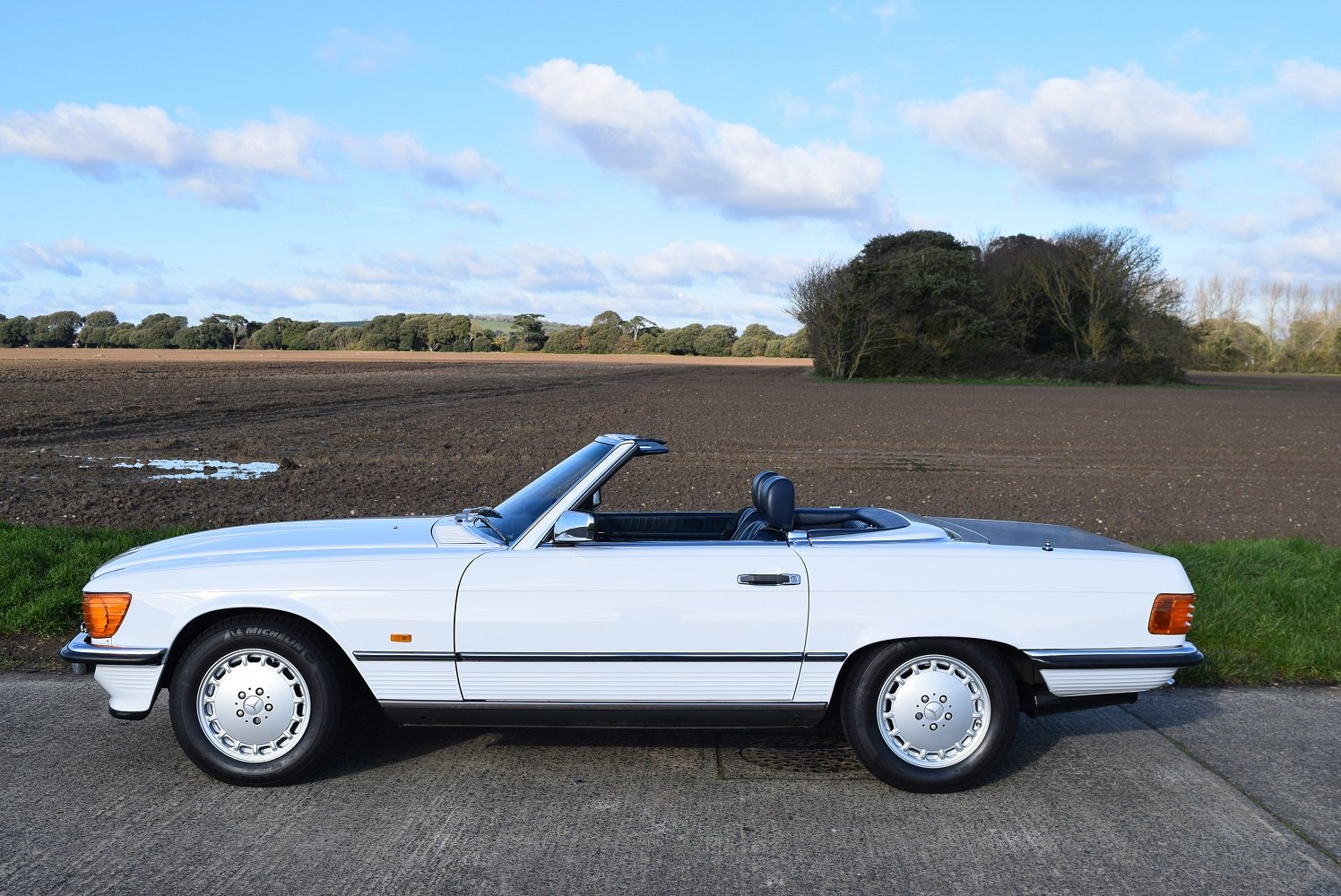 1987 Mercedes Benz 420SL For Sale (picture 2 of 6)