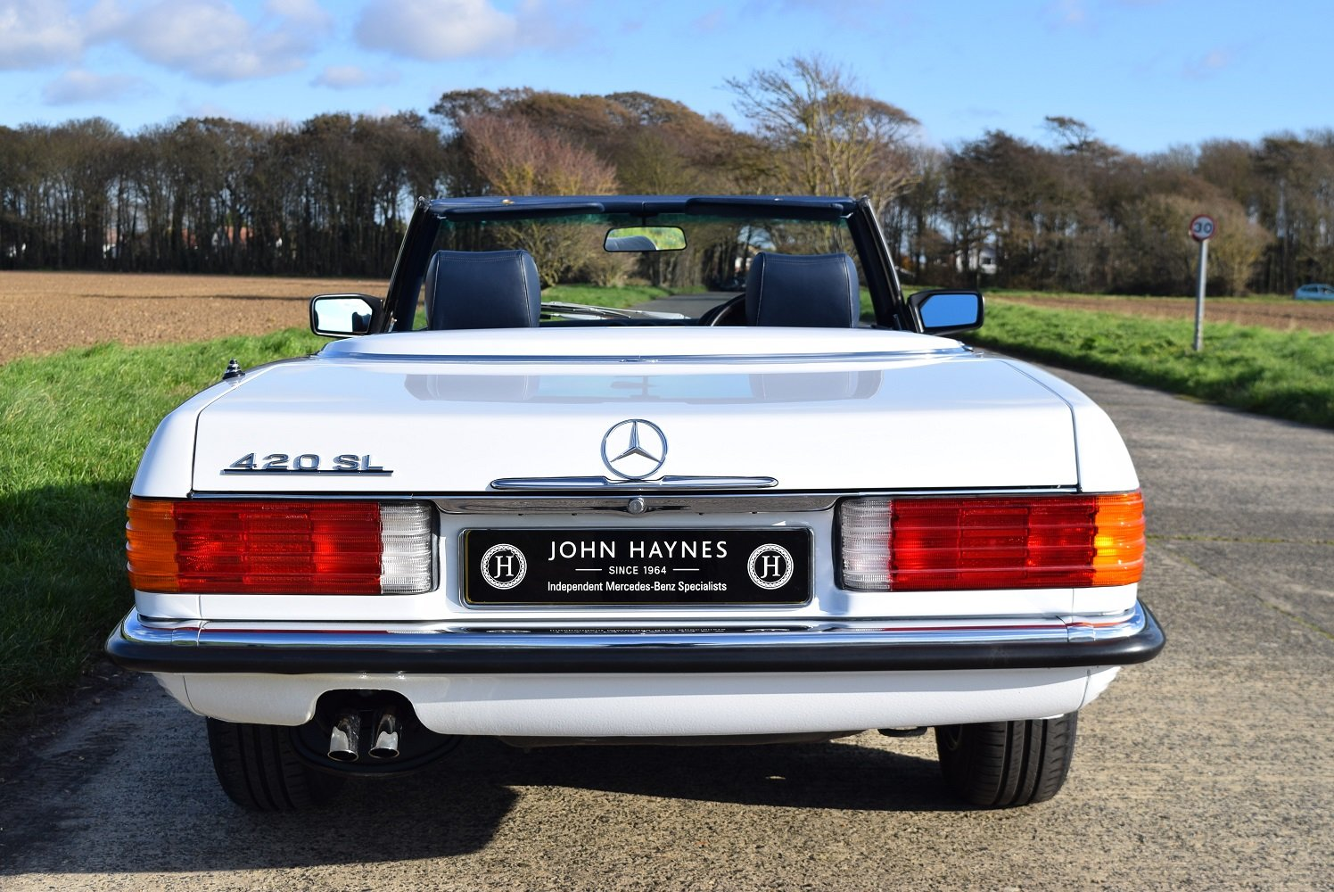 1987 Mercedes Benz 420SL For Sale (picture 4 of 6)