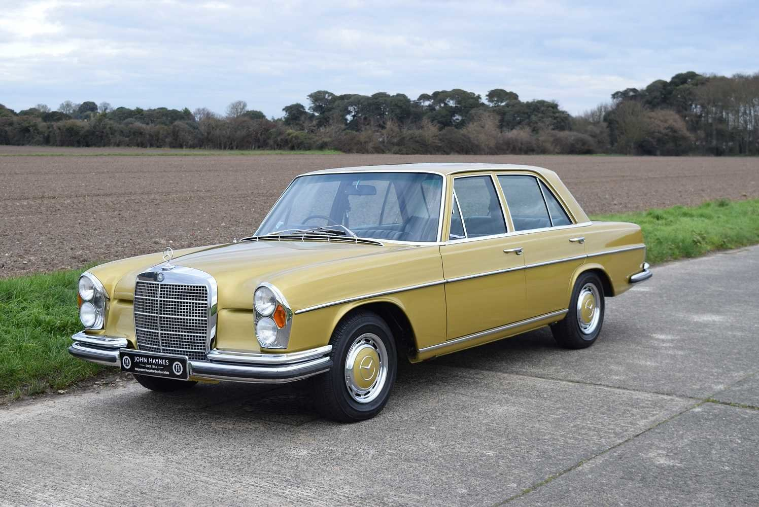 1972 Mercedes Benz 280SE/9 3.5  SOLD (picture 1 of 6)
